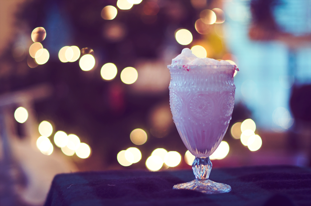 snowman floats - a fun and yummy Christmas drink for kids (and adults!)